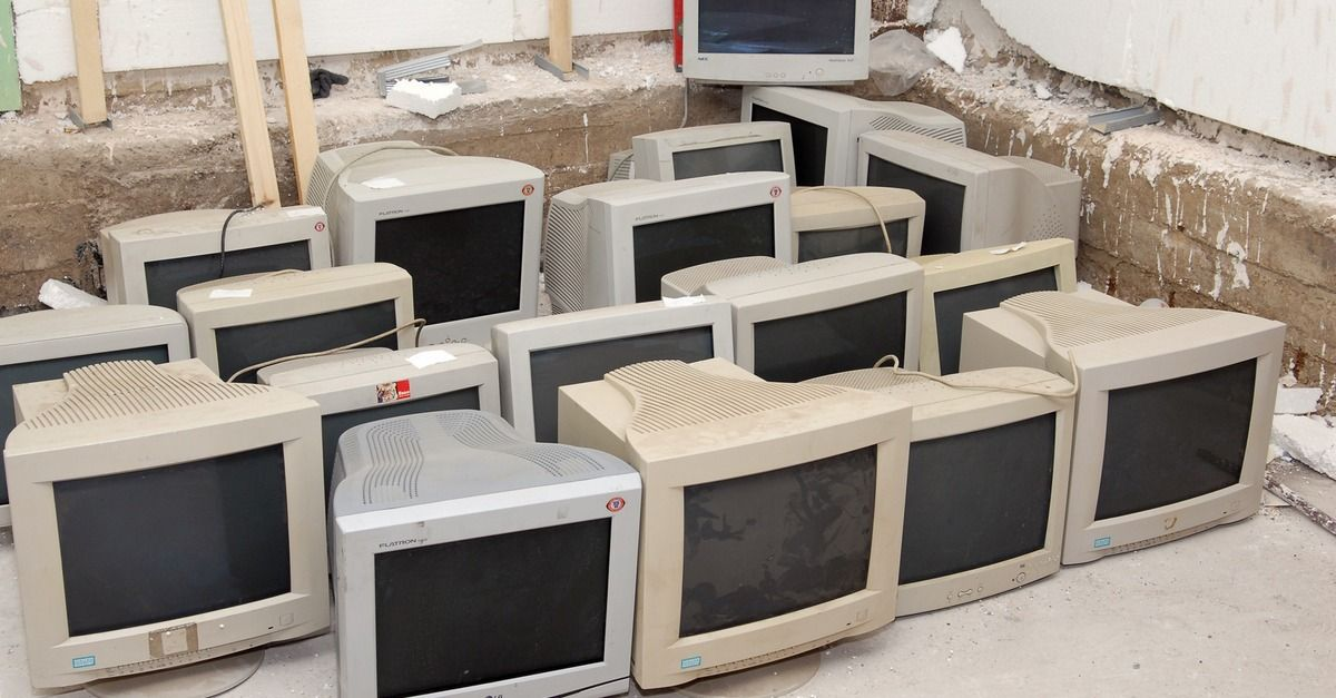 12 Clever Ways To Repurpose Old Tech Home Technology Repurposed
