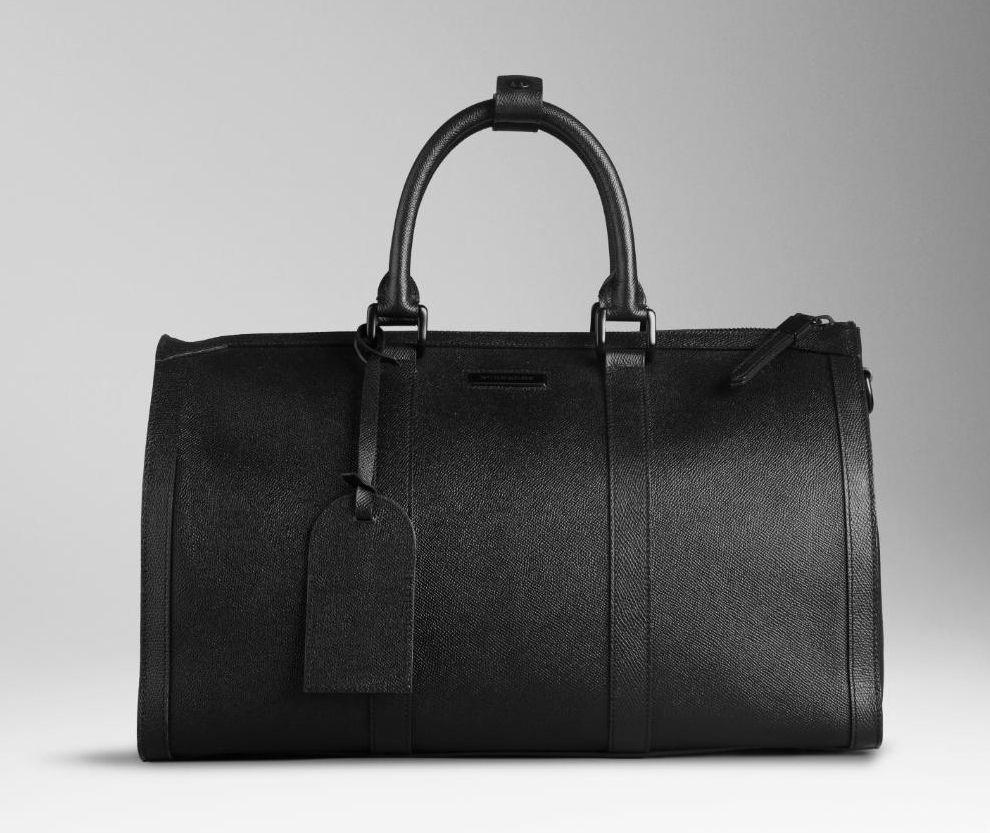 Burberry Travel Bag In Black