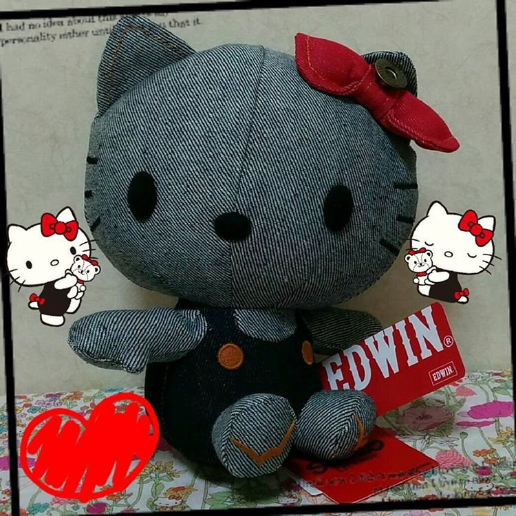 "62 Likes, 1 Comments - licca (@licca.chan) on Instagram: ""EDWIN Jeans × Hello Kitty😘💞💝Cute✨💖 #hellokittyplush #hellolittycollection #hellokittyjapan…"""