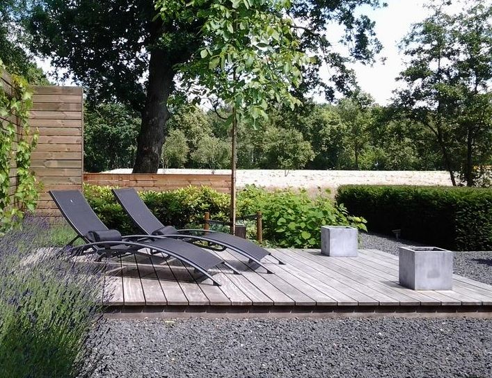 Houten vlonder als terras garden seating area garden seating