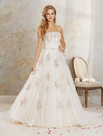 Alfred Angelo Style 8537 Tulle And Satin Strapless Wedding Dress With An Embroidered Lace Applique