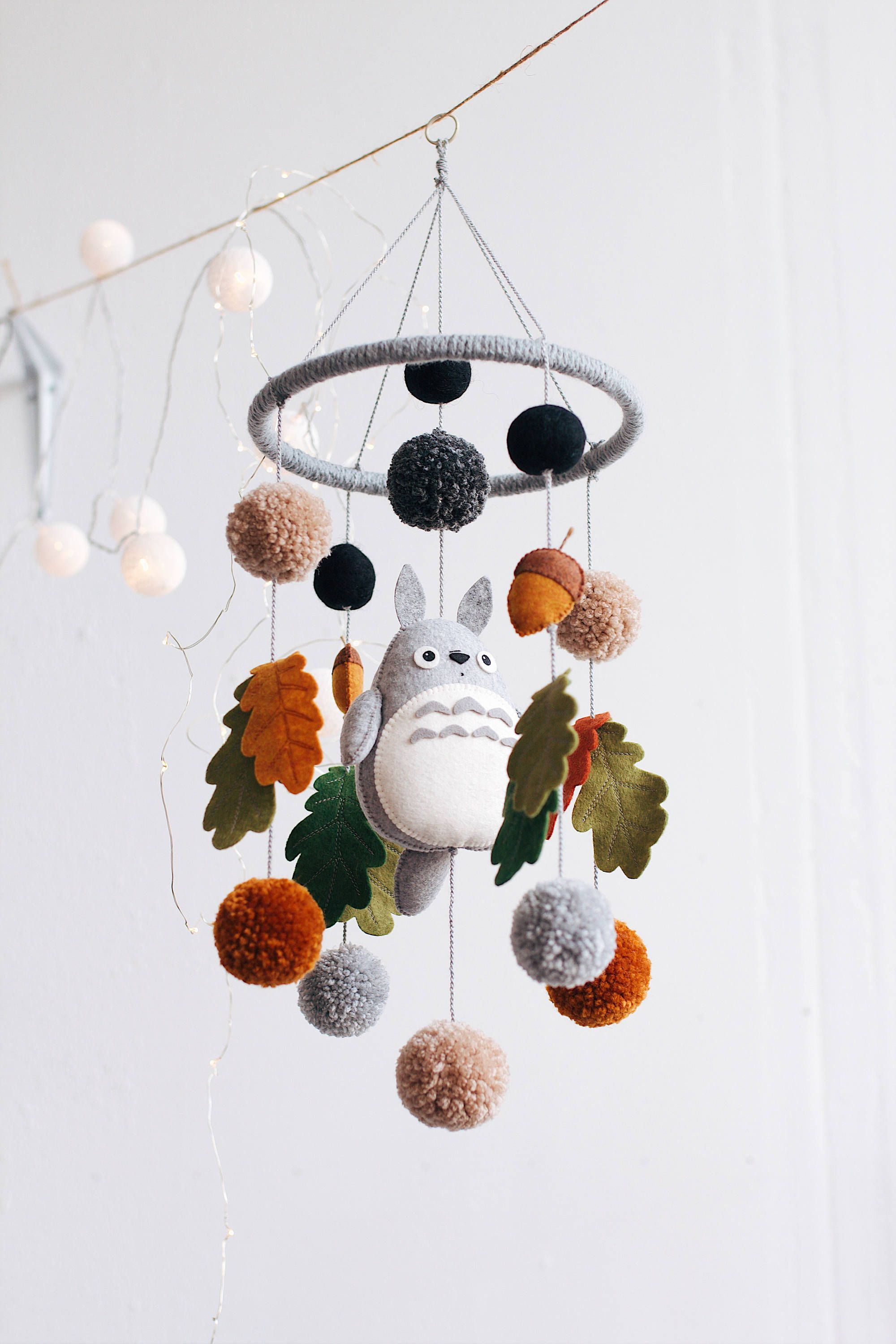 The best mobiles for the nursery