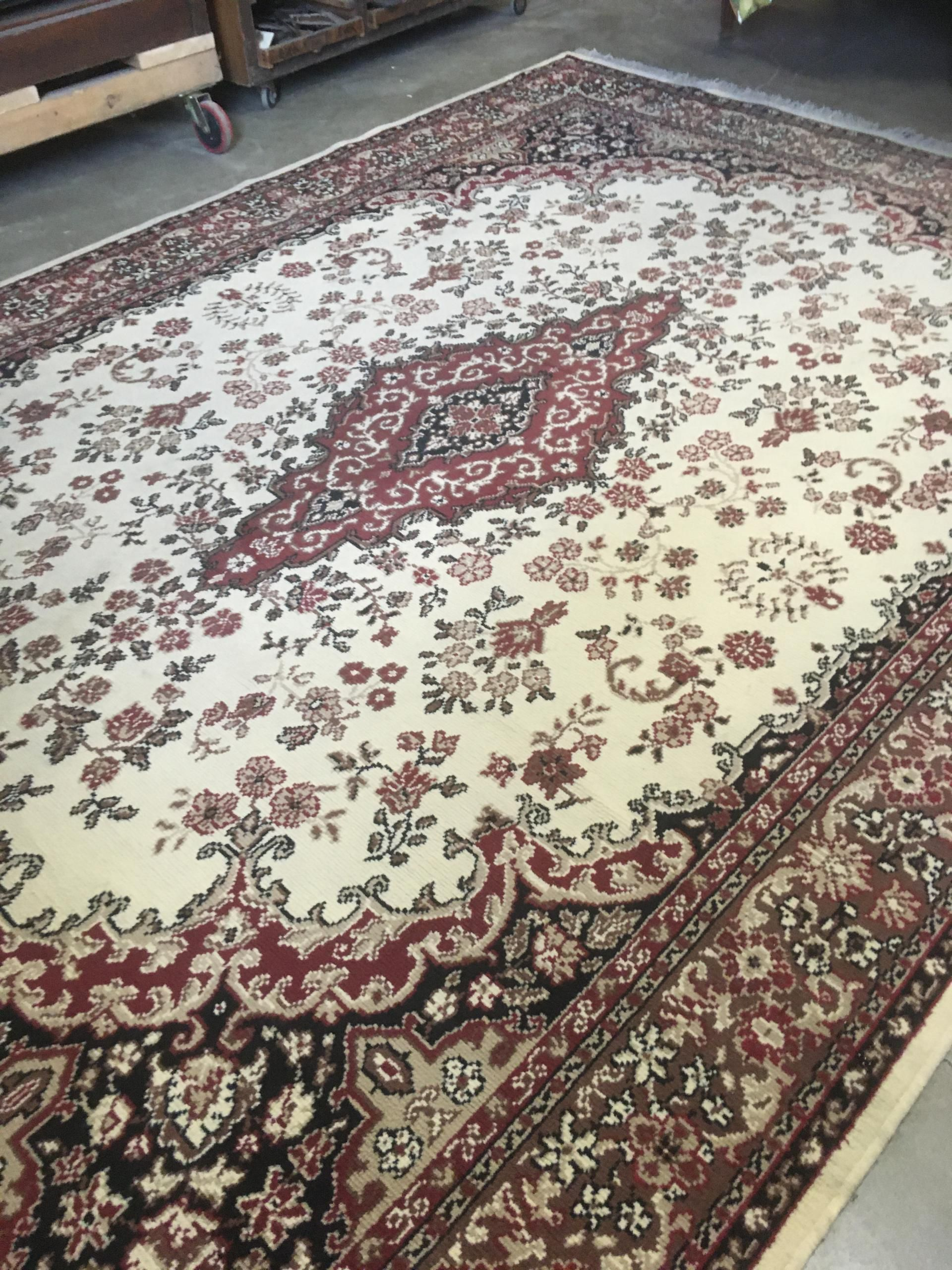 M1 Persian Style Carpet Izmir From Sears 8 X 12 Ft In 2020 Style Carpet Carpet Izmir