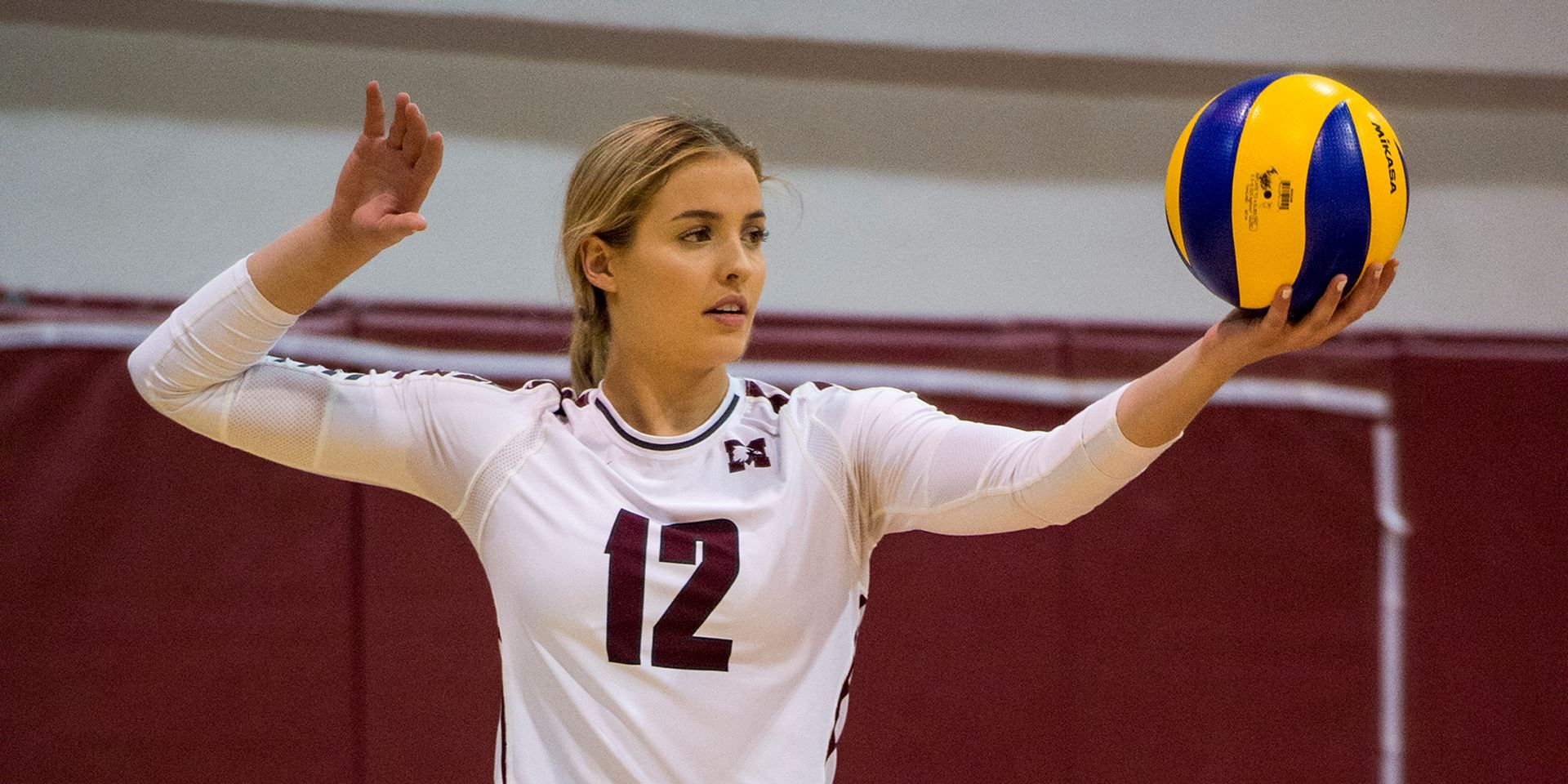 Women S Volleyball 6 Warriors Sink Marauders From The Service Line Mcmaster University Athletics Women Volleyball Beautiful Athletes Volleyball