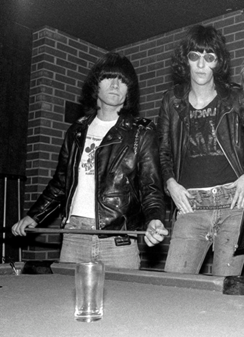 Dee Dee and Joey Ramone photographed by Chester Simpson