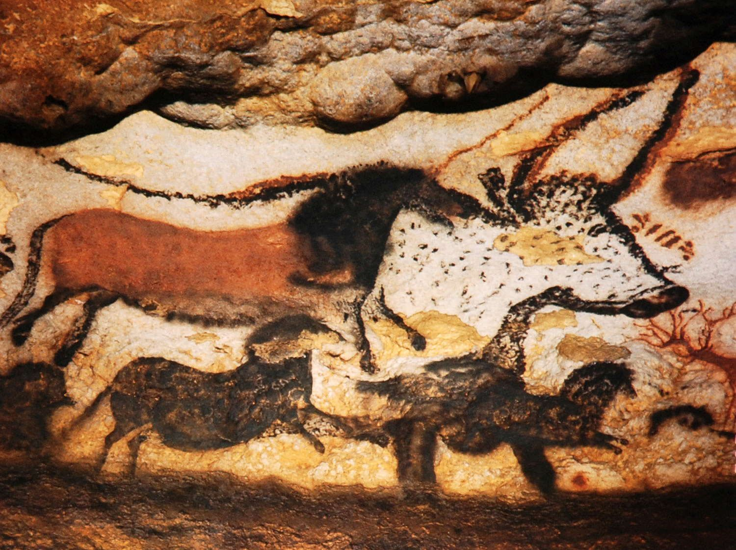 an analysis of the characteristics of paleolithic cave paintings Ancient civilizations: what do we know and how what characteristics must a civilization lascaux's prehistoric cave paintings.