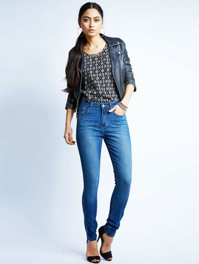 6aa77fd647f High Waisted Jeans Outfits That Flatter Every Body Type  Tough Chic Look in High  Waisted Jeans