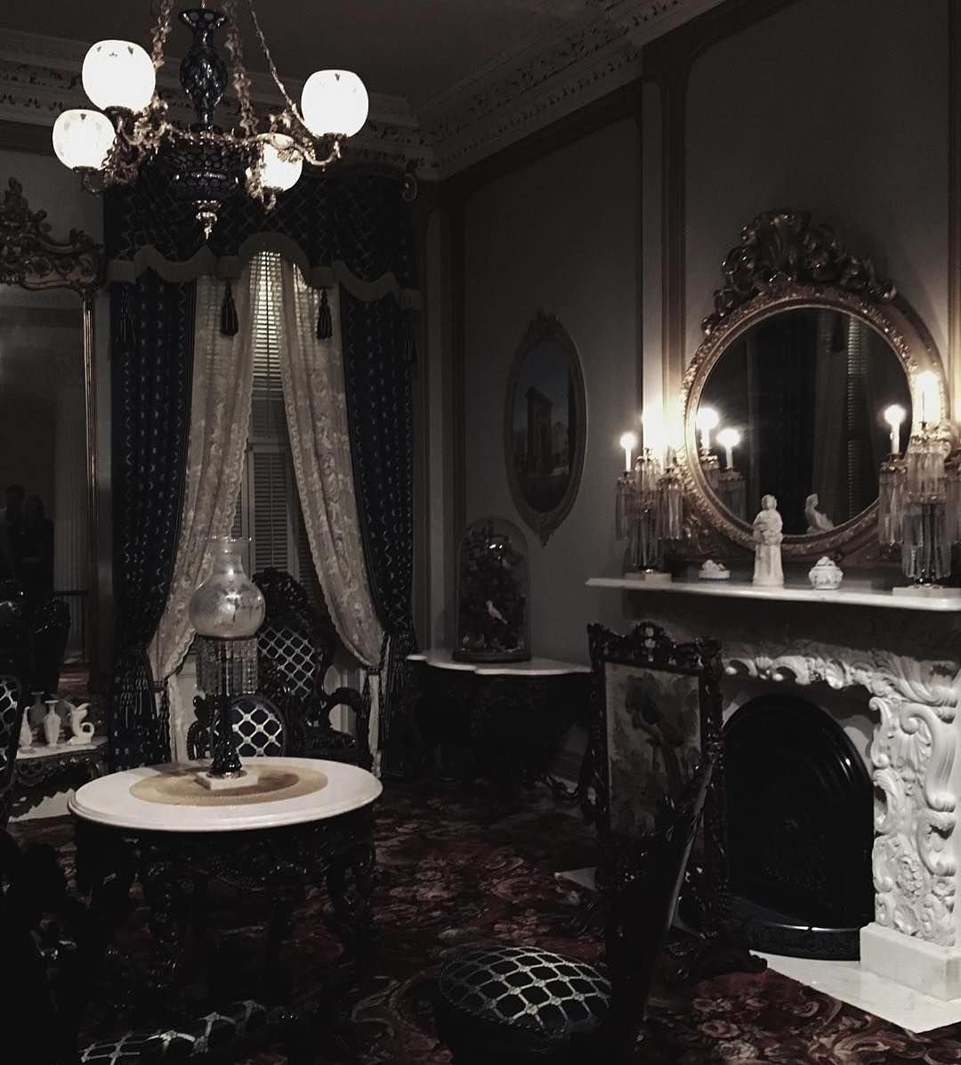 Oh Wow I Love This Fireplace Goth Gothic Gothique Gothhome Gothichome Home Baroque Baroc Ba Gothic Interior Gothic Home Decor Gothic House