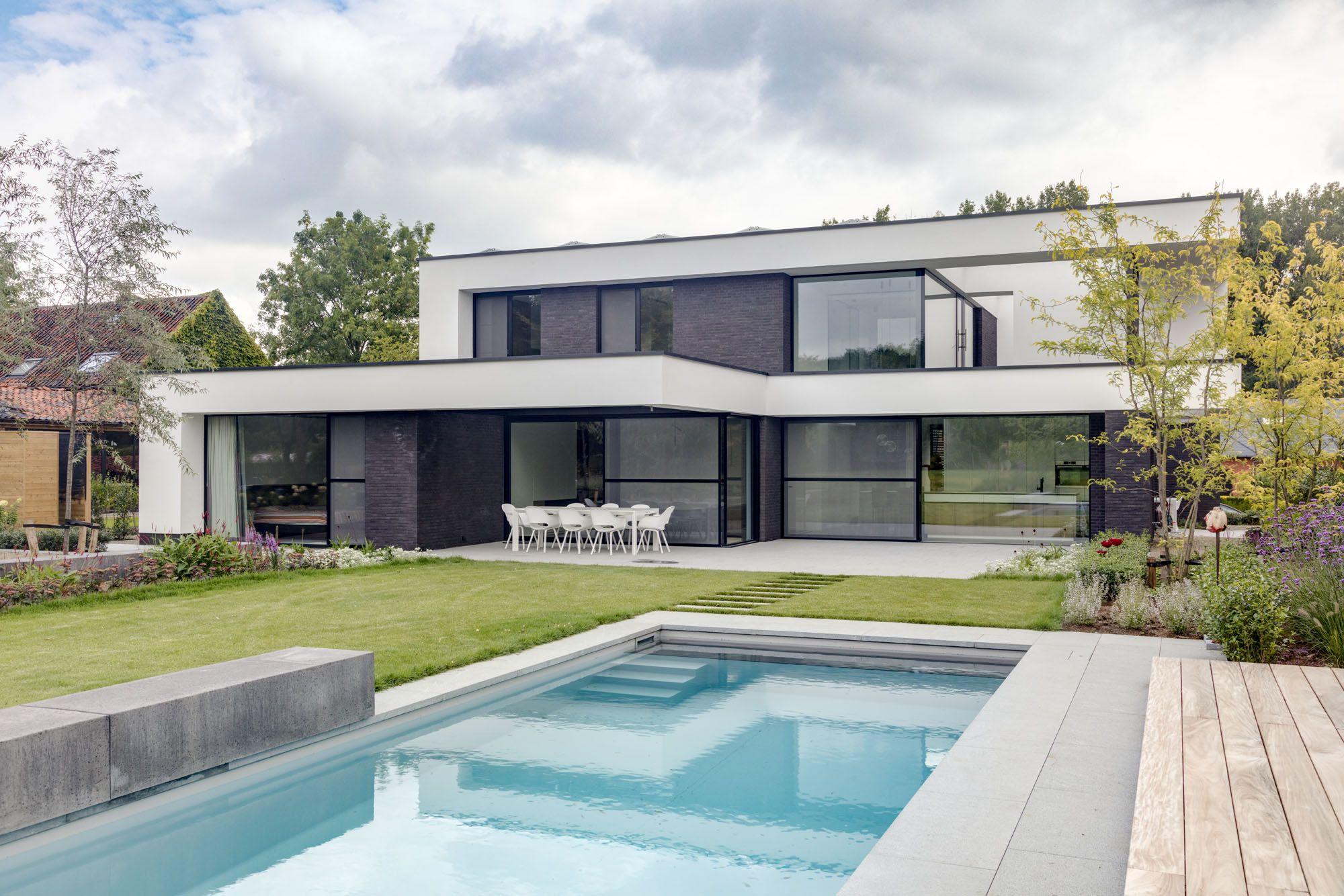 Blockoffice architecten villa te herk de stad strakke