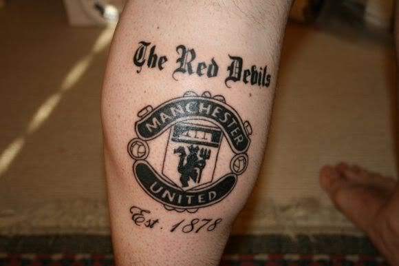 This Reds fan shows their support with a @manutd tattoo.