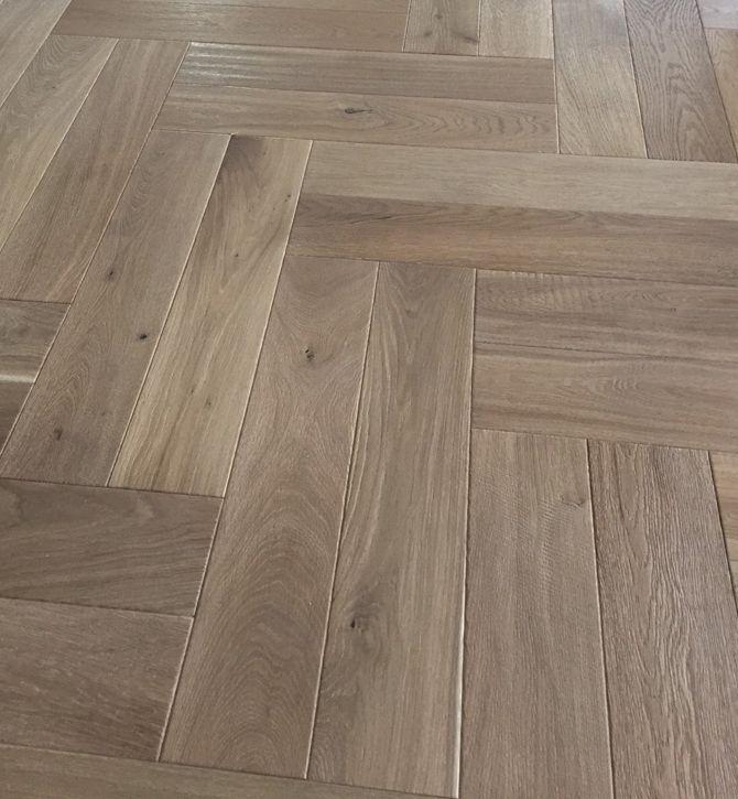 Aged Coastal Herringbone Smart Oak Flooring Melbourne Vic Oak Floorboards Oak Timber Flooring White Washed Oak