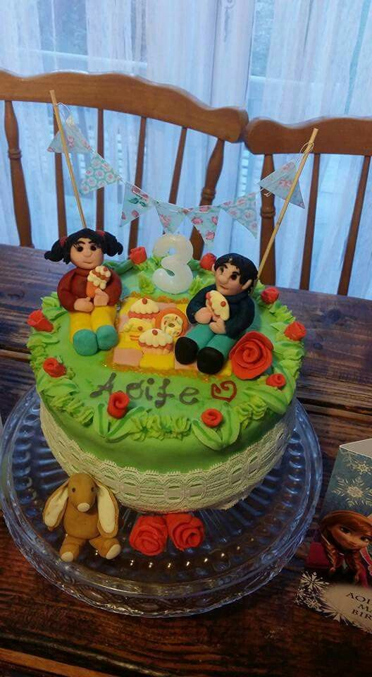 My Daughter Asked Me To Make A Topsy And Tim Birthday Cake For Her