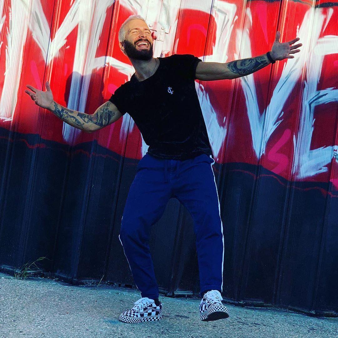 Todos os dias são dias de sorrir 😆®️ #smile #workout #love #amor  #love #sol #foibomdemais #model #modelo #modelfitness #fit #fitness #fitnessmotivation #gym #gymwear #food #foodstagram #healthyfood #tattoo #tatuagem #cap #dance #hiphop #zumba #waves #style #swag #vintagestyle #dream #dance #vintageclothing #music