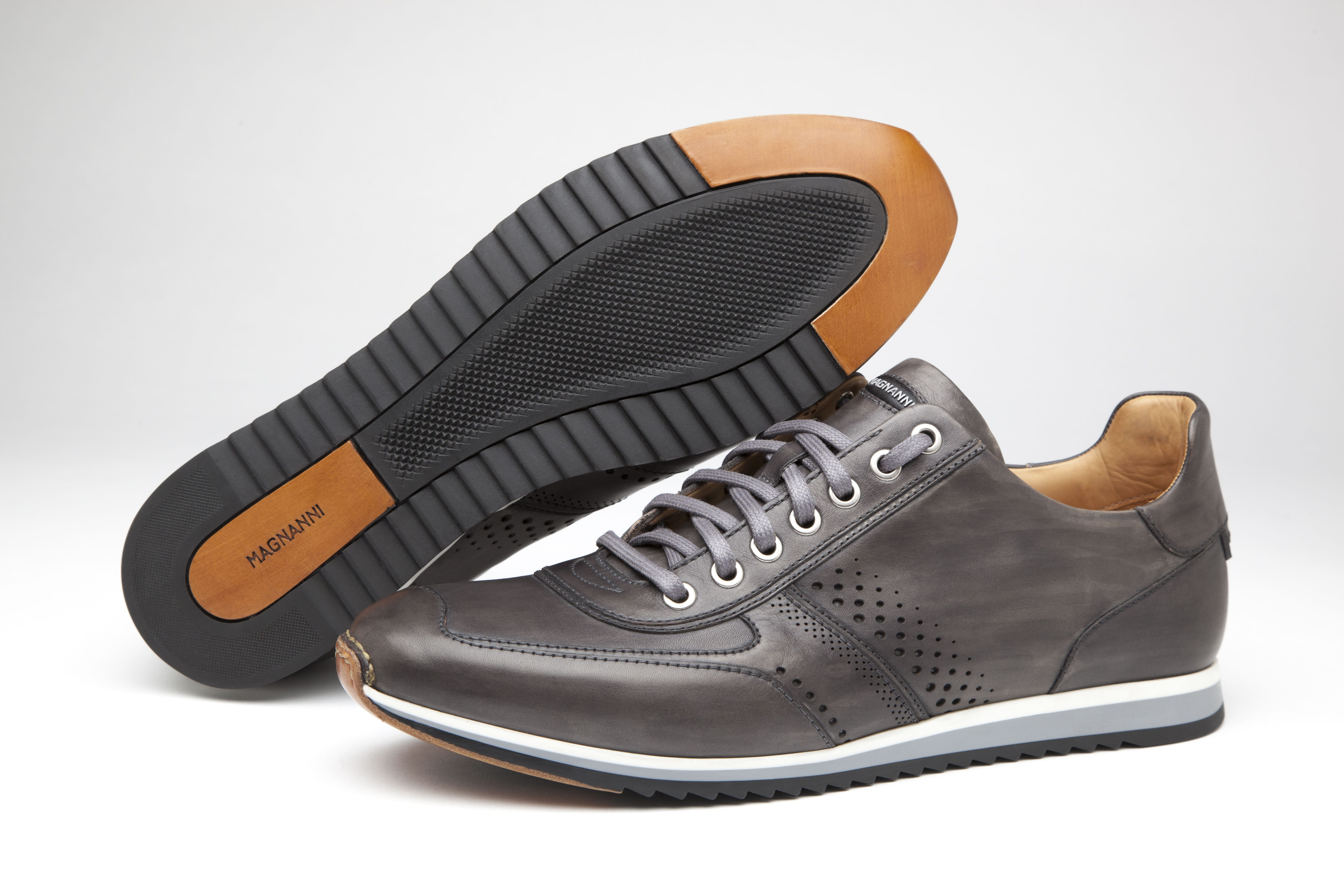 Magnanni | Christian Grey. #Sneakers