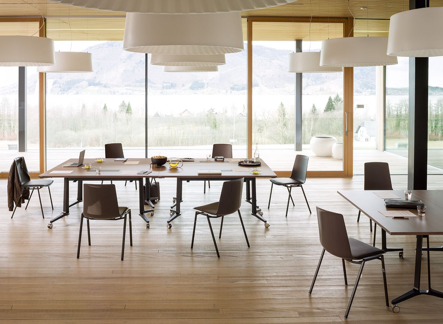 Wiesner Hager Büromöbel Skill Tables And Nooi Chairs By Wiesner Hager Tables