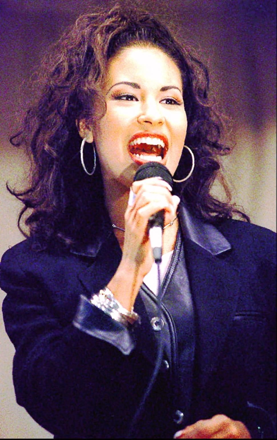 the success of selena quintanilla prez in music industry Selena quintanilla to have wax figure queen of tejano music selena quintanilla will soon have a wax figure at madame tussauds quintanilla had died in 1995 aged 23 & will be honored with the wax figure in hollywood in response to an online petition.