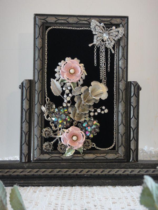Framed Art - Vintage Renewed | button art | Pinterest | Marcos de ...