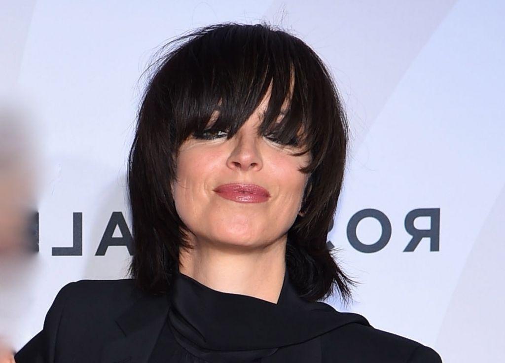 Aktuelle Frisur Nena Nena Berrascht Mit Langer Pony Frisur Top