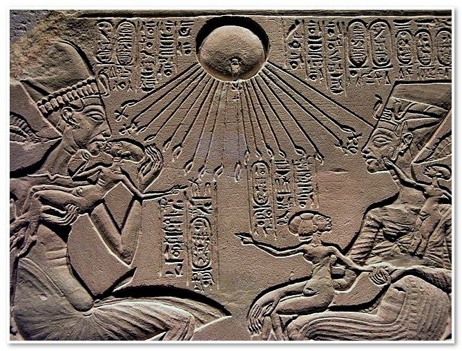 "A ""house altar"" depicting Akhenaten, Nefertiti with three of their daughters  Detail  From Amarna  New Kingdom, 18th dynasty, around 1350 BC  Limestone"