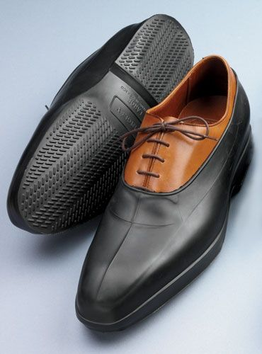 rubber shoe cover for rainy days to protect the shine he