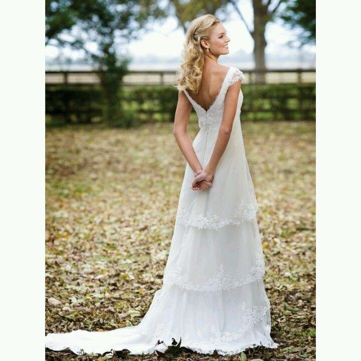 Perfect Outdoor Wedding Dress