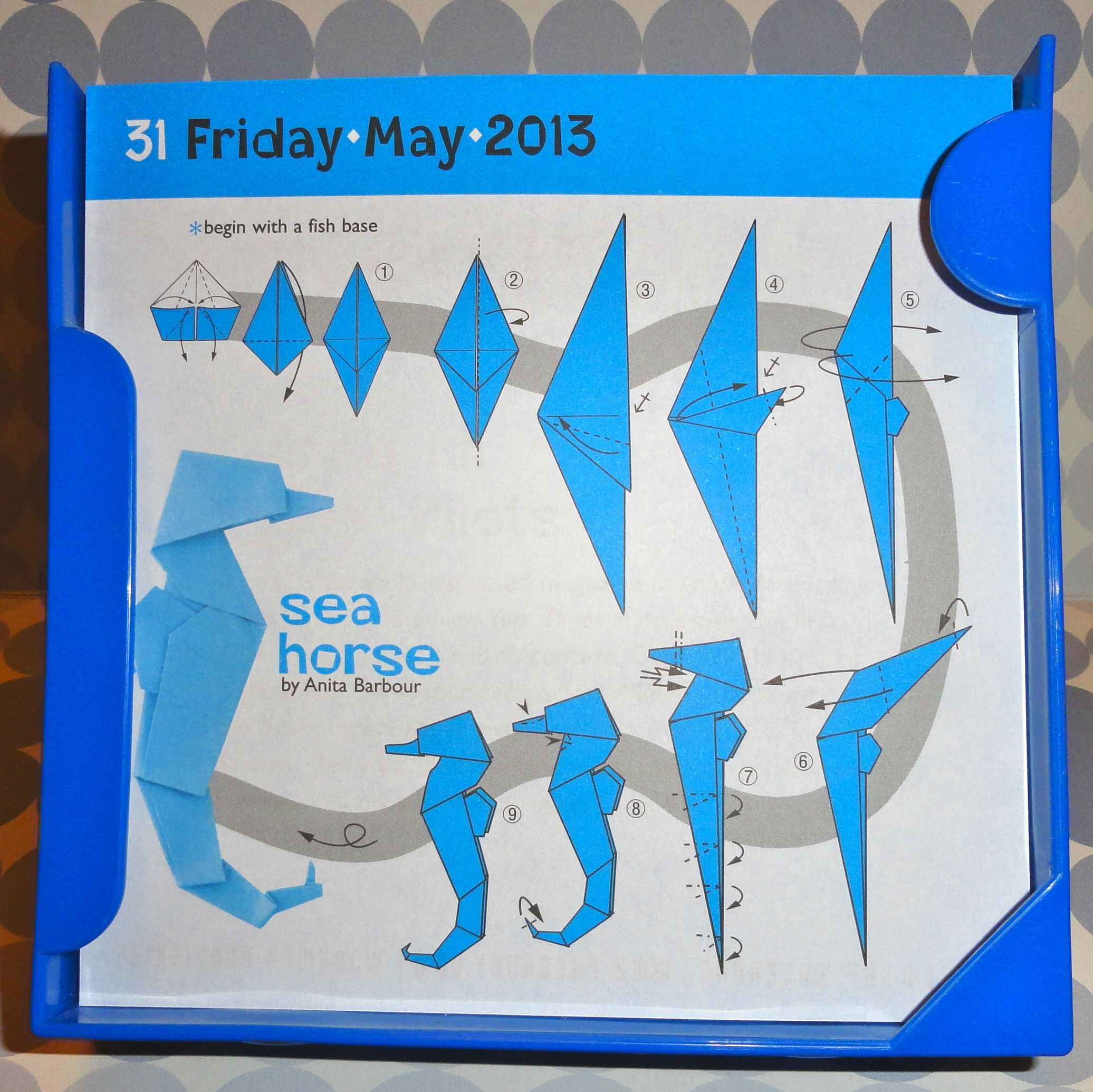 Origami Easy Seahorse Know When To Fold Em Pinterest Folding Diagram 1 Of 3 Scottish Terrier Dog Money