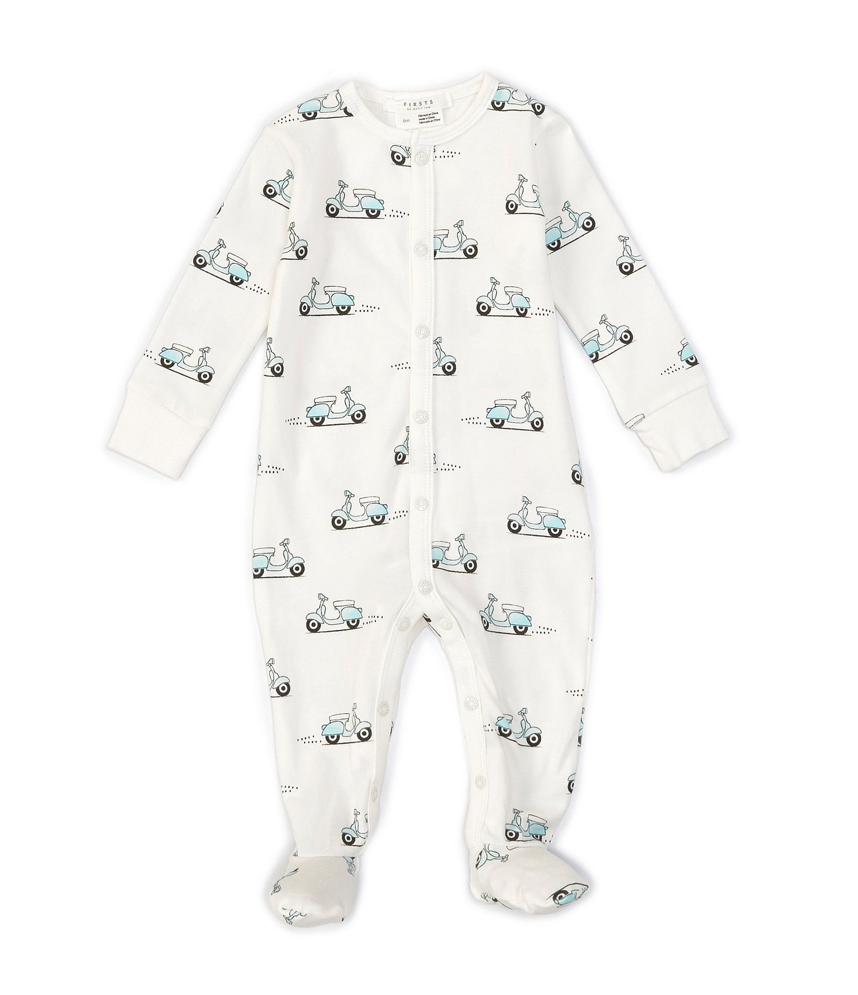 From Petit Lem, this coverall features:Vespa printRound necklinelong sleevesSnap-front and snap-leg closurefooted silhouetteOrganic cotton/ElastaneMachine washImported.