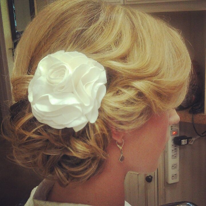 Jamaican Wedding Hairstyles: Romantic Wedding Hair, Wedding