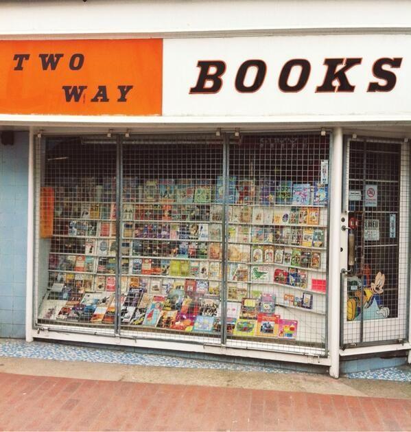 Via @Clare Nicolson : Two Way Books
