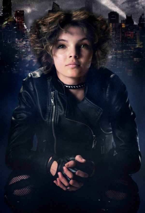 First Look At Camren Bicondova As Young Catwoman In Gotham