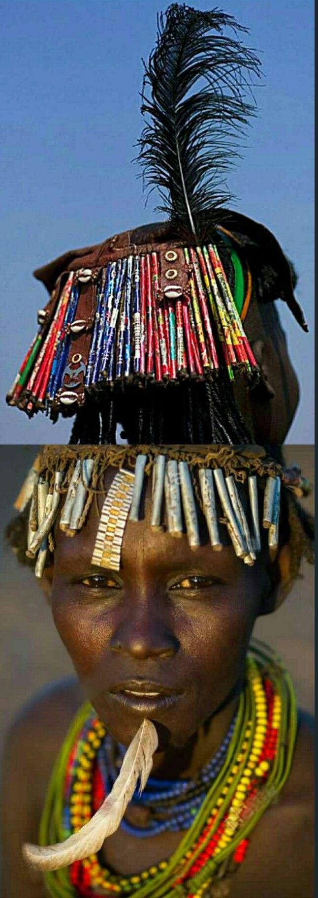 Dassanech hoofddeksel. (gemaakt in Oromiya) | Ethiopië