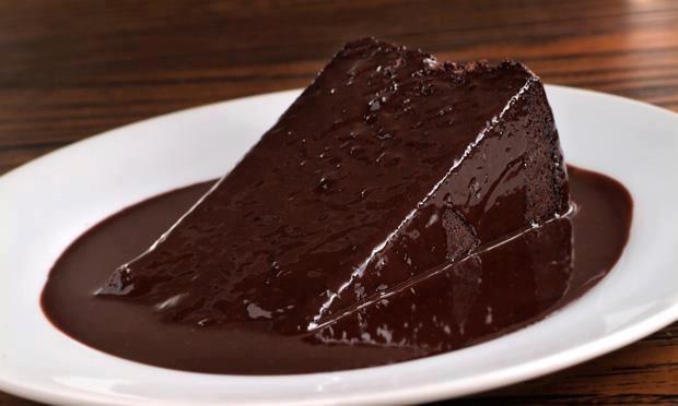 Bolo de chocolate  cake