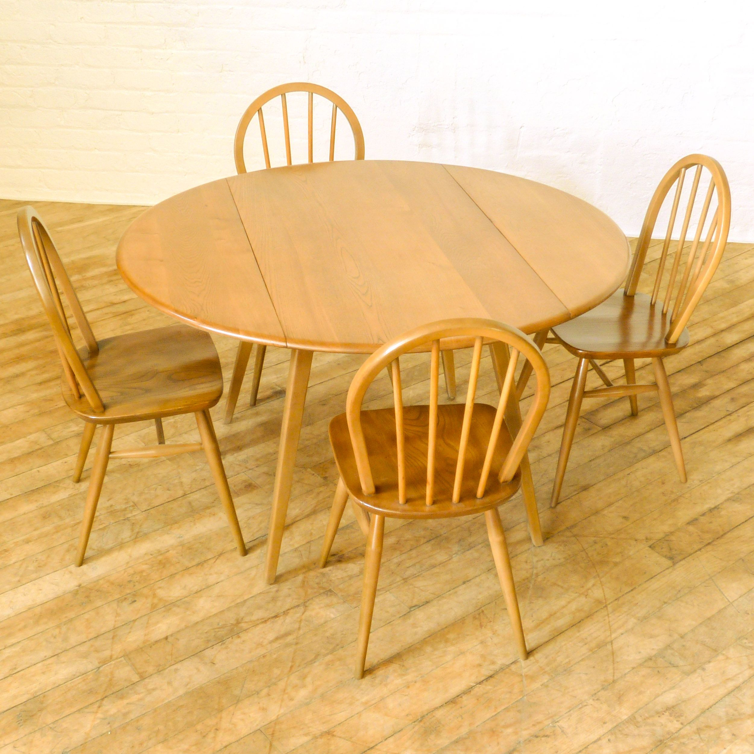 Vintage retro ercol drop leaf round dining kitchen table ebay - A 1960 S Ercol Dining Suite