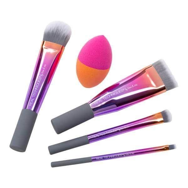 Beauty Blender Or Brush For Full Coverage: SUPERDRUG - Real Techniques Full Coverage Essentials