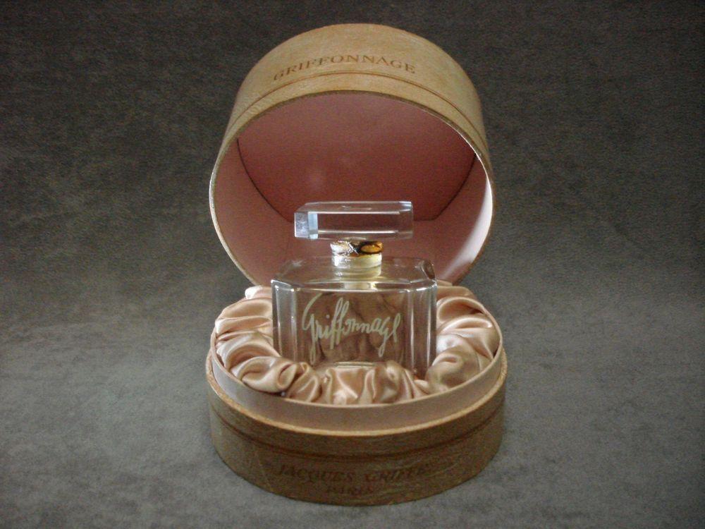 Extrêmement Les 25 meilleures idées de la catégorie Flacon parfum sur  UO78