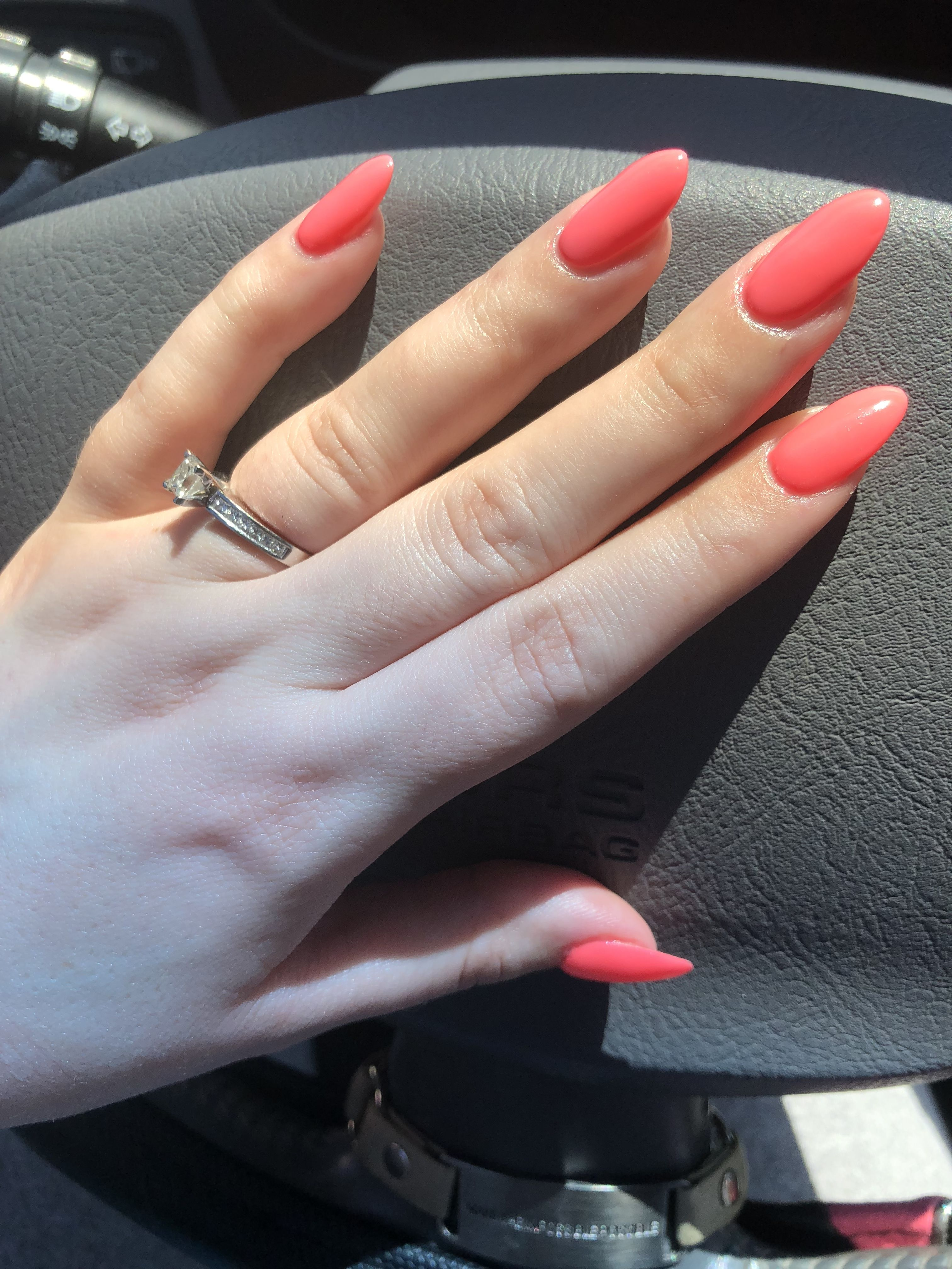 Dnd 556 Coral Reef Dnd Gel Polish How To Do Nails Wedding Nails