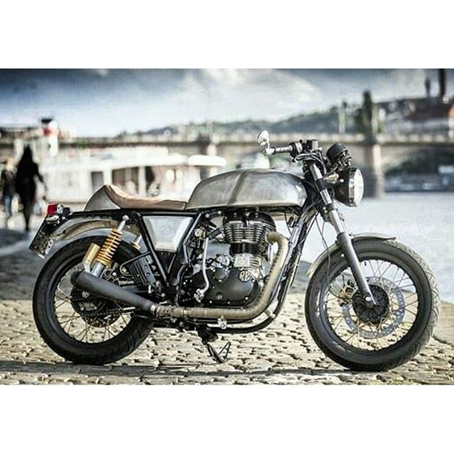 royal enfield modified continental gt by caferacercustombike royalenfieldbeasts royal. Black Bedroom Furniture Sets. Home Design Ideas