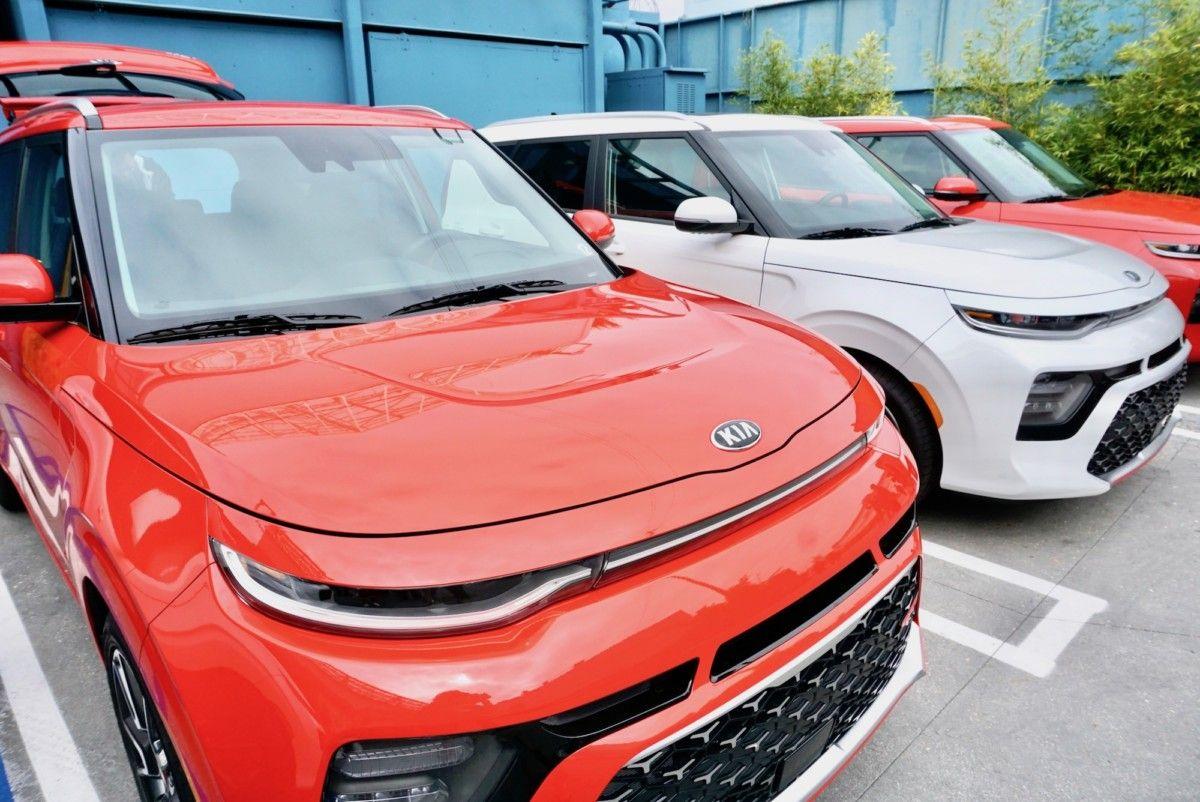 Stylish, Sporty Car for Travelers 2020 Kia Soul Kia