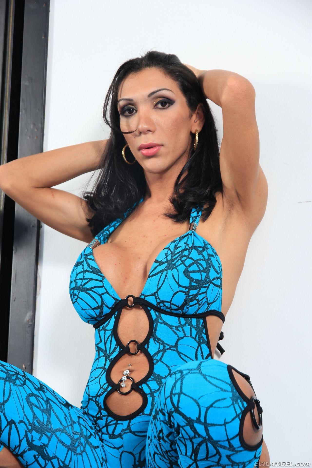 Brazilian Model and Pornstar... TS Sabrina Suzuki ...