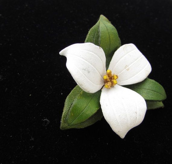 TRILLIUM BROOCH Vintage Made in Canada Leather Pin by MagpieSue