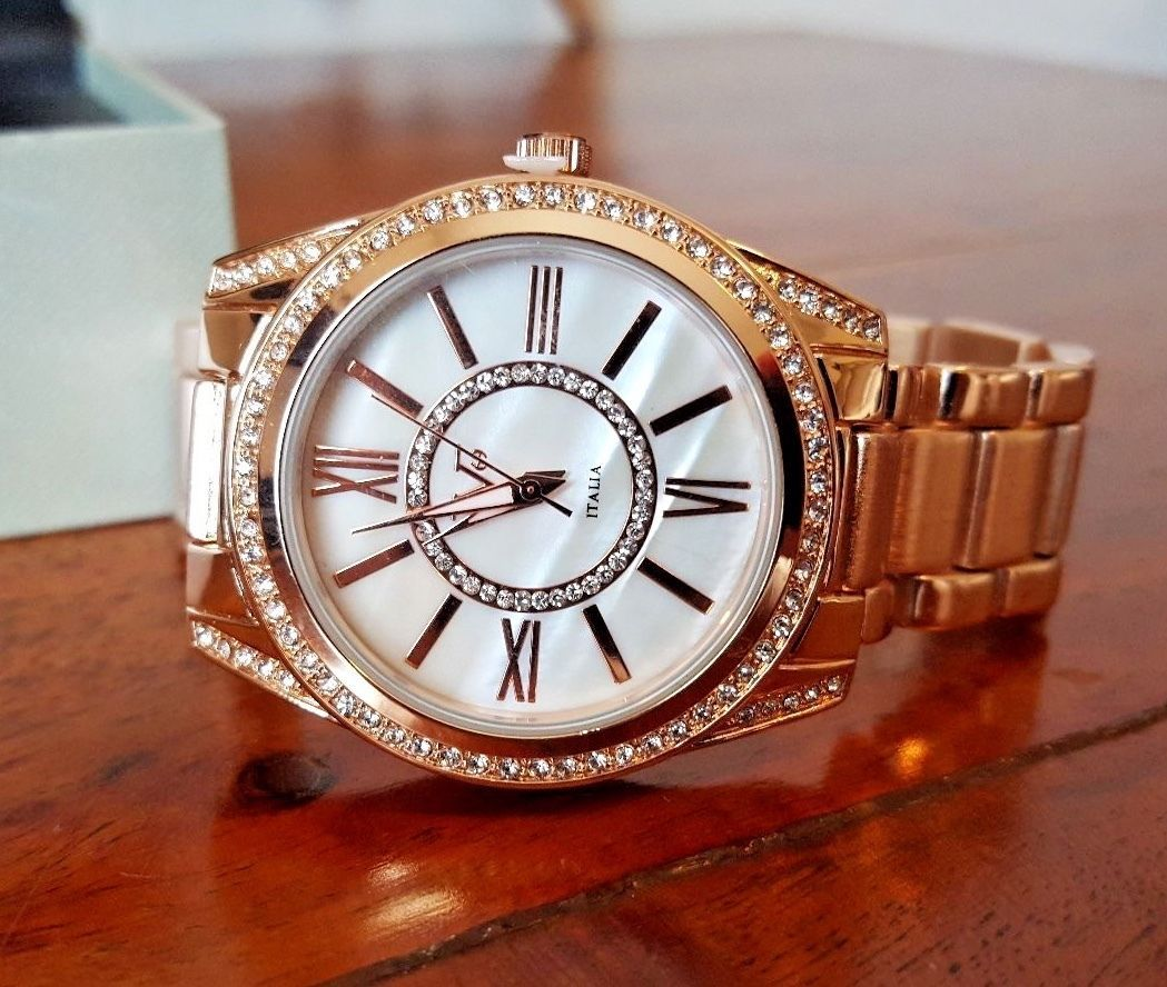 c4783a35bf0b Women s Versace 1969 V1969 Italia Watch Rose Gold New in Box