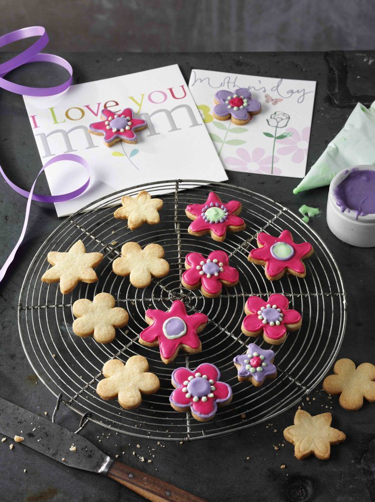 Mother's Day Biscuit Card – In The Playroom