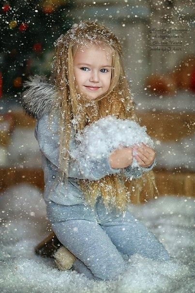 3a347563cb1c Pin by Monica Vargason Matthews on photo staging   Beautiful children,  Children, Baby pictures