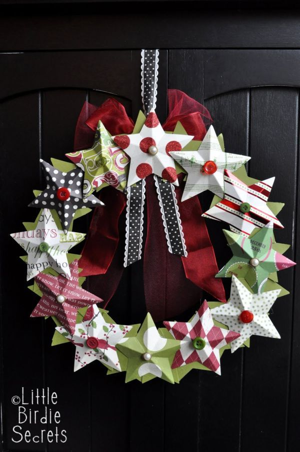 1 0f 45 DIY Creative And Easy Christmas Decorations -Star Wreath - attach scored paper stars to round form, hang with ribbon