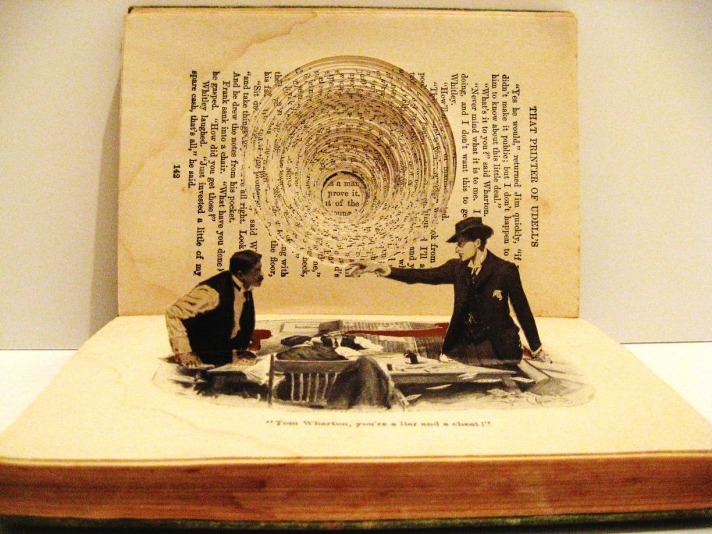 Altered books/ 3D collage