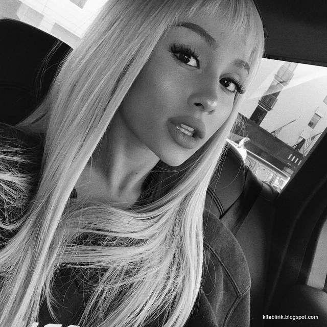 Terjemahan Lirik Beauty And The Best Ariana Grande