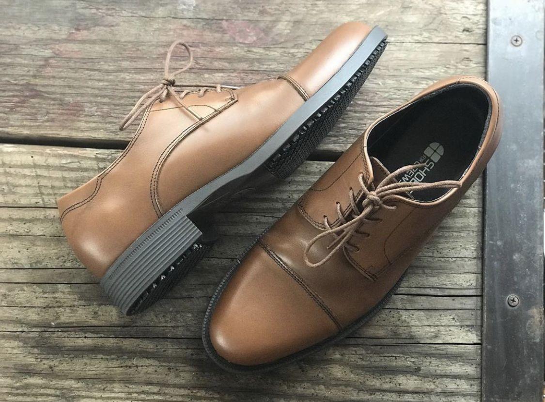 slip resistant dress shoes for men