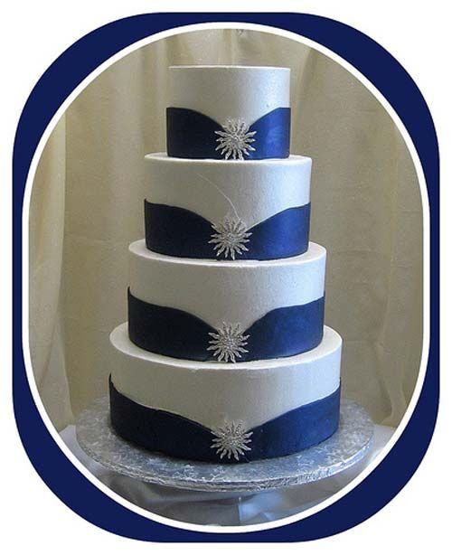 royal blue wedding cakes - Bing Images  @Charlotte Moczygemba  @Rebecca Carter-Melton   Just thought this cake was beautiful.