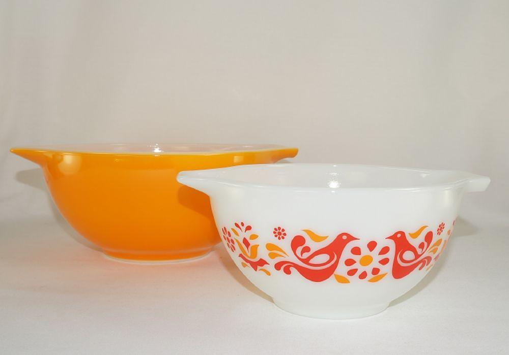 Vintage Set Of 2 Pyrex Friendship Pattern Cinderella Mixing Bowls ...