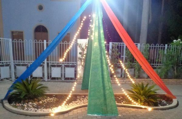 Decoração da praça da igreja Matriz - Demerval Lobão - Portal O Dia